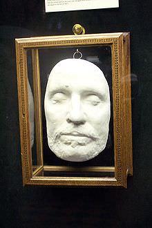 Maschera mortuaria di Oliver Cromwell, conservata al castello di Warwick.