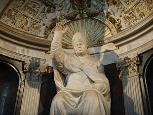 Baccio Bandinelli, Leone X, Salone dei Cinquecento, Palazzo Vecchio, Firenze.