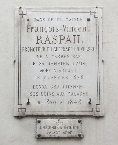 Targa commemorativa sulla sua casa parigina di rue de Sévigné